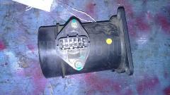 Датчик расхода воздуха NISSAN SERENA TC24 QR20DE Фото 1