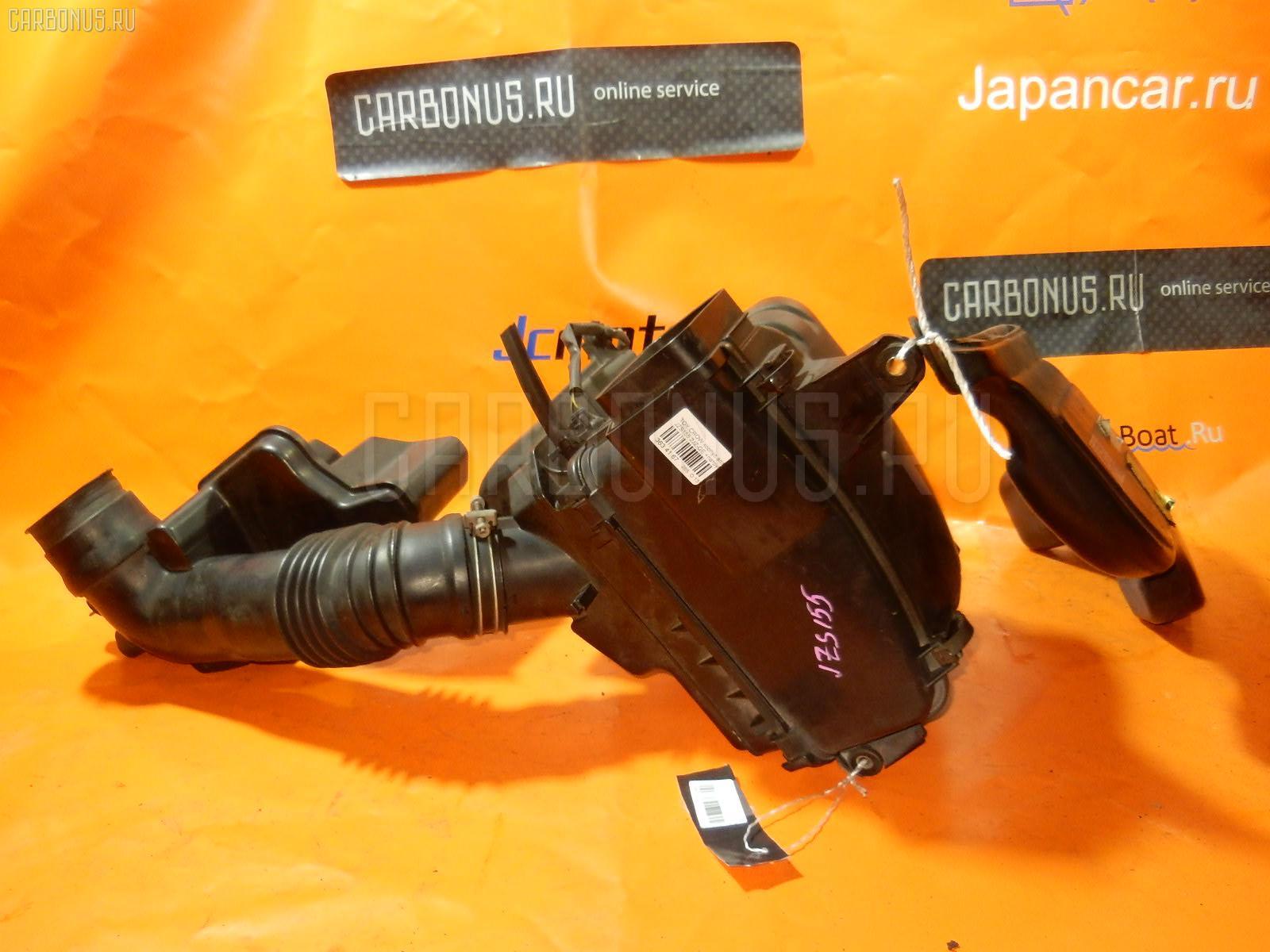 Корпус воздушного фильтра Toyota Crown JZS155 2JZ-GE Фото 1