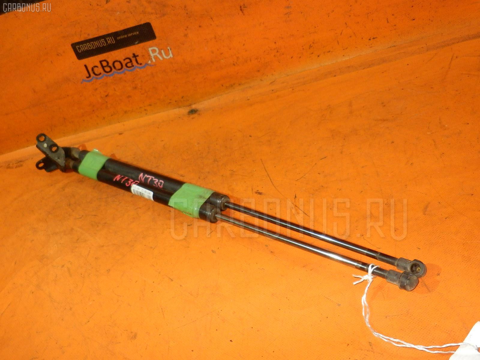 Амортизатор двери NISSAN X-TRAIL NT30. Фото 5
