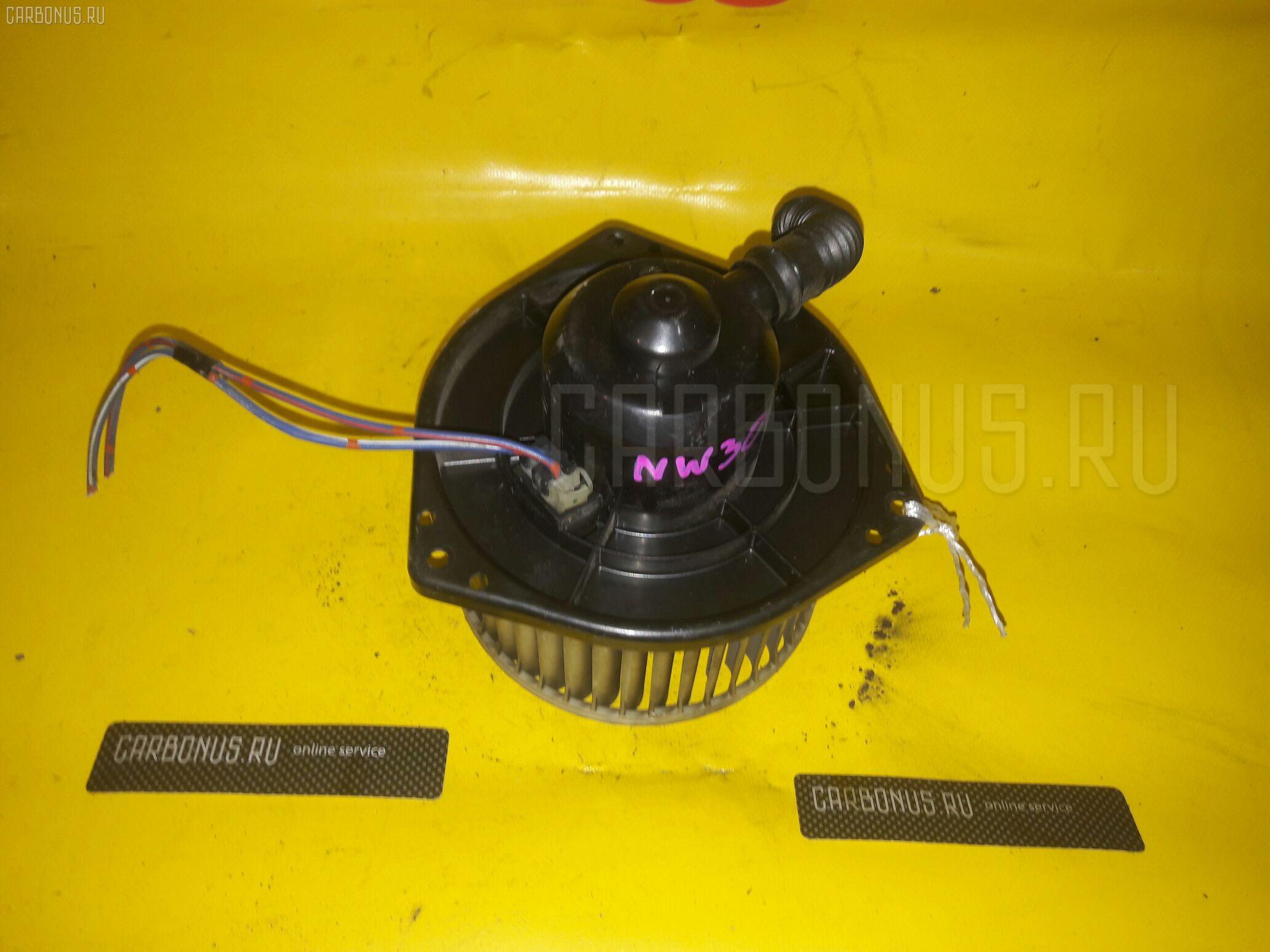 Мотор печки NISSAN LARGO NW30. Фото 3