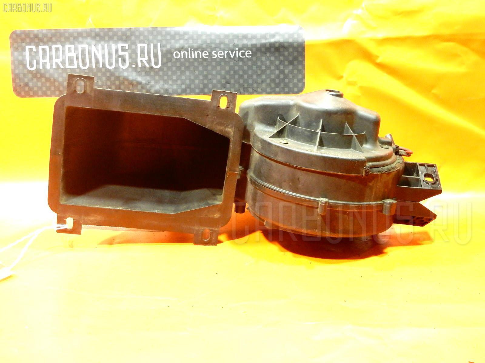 Мотор печки MAZDA BONGO FRIENDEE SGL5. Фото 3