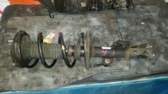 Стойка амортизатора TOYOTA NOAH AZR65G 1AZ-FSE Переднее Правое