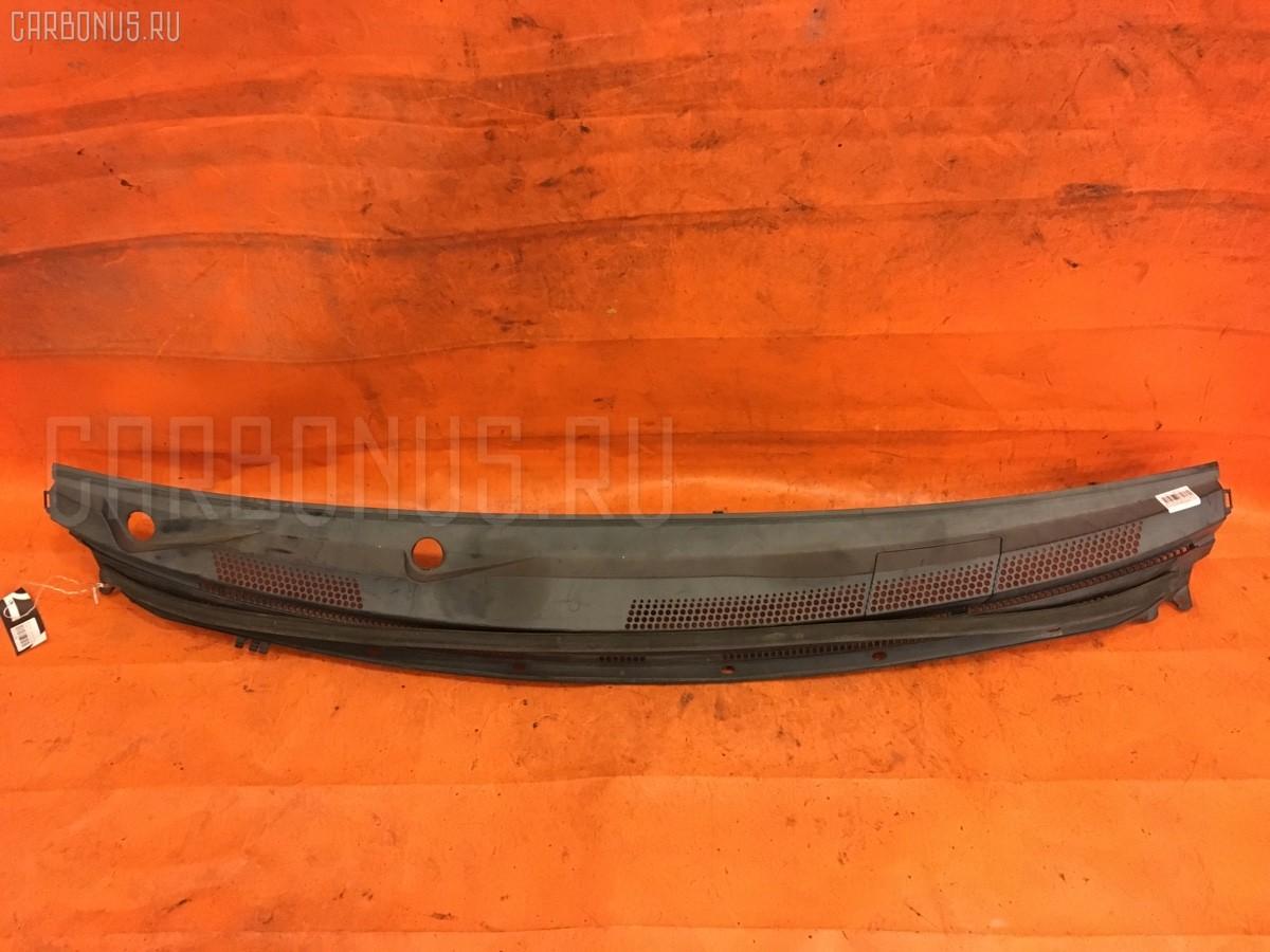 Решетка под лобовое стекло MR598493 на Mitsubishi Colt Z26A Фото 1