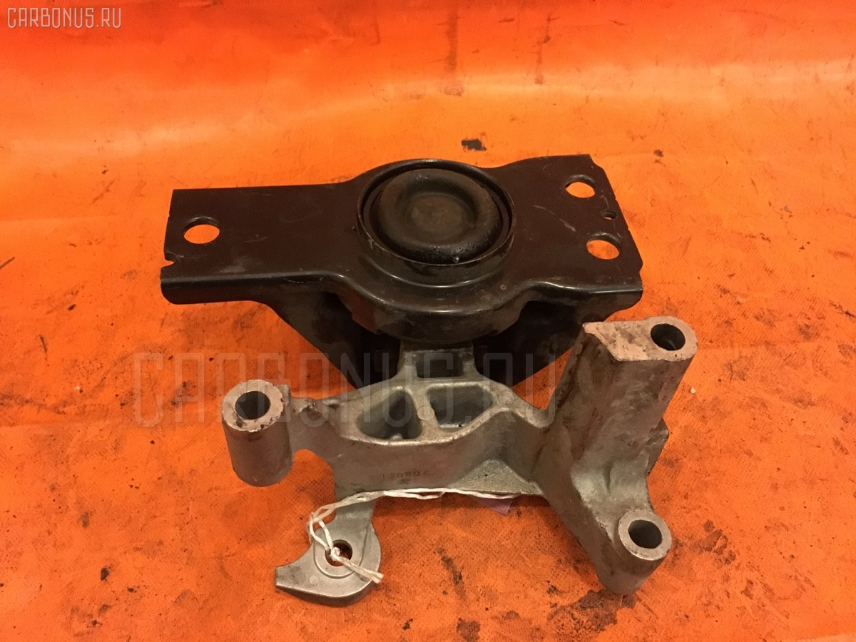 Подушка двигателя 11210CY00C, 11210CY01A, 11210CY01B на Nissan Serena C25 MR20DE Фото 1