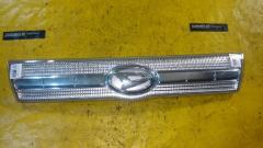 Решетка радиатора на Daihatsu Tanto L375S Фото 1