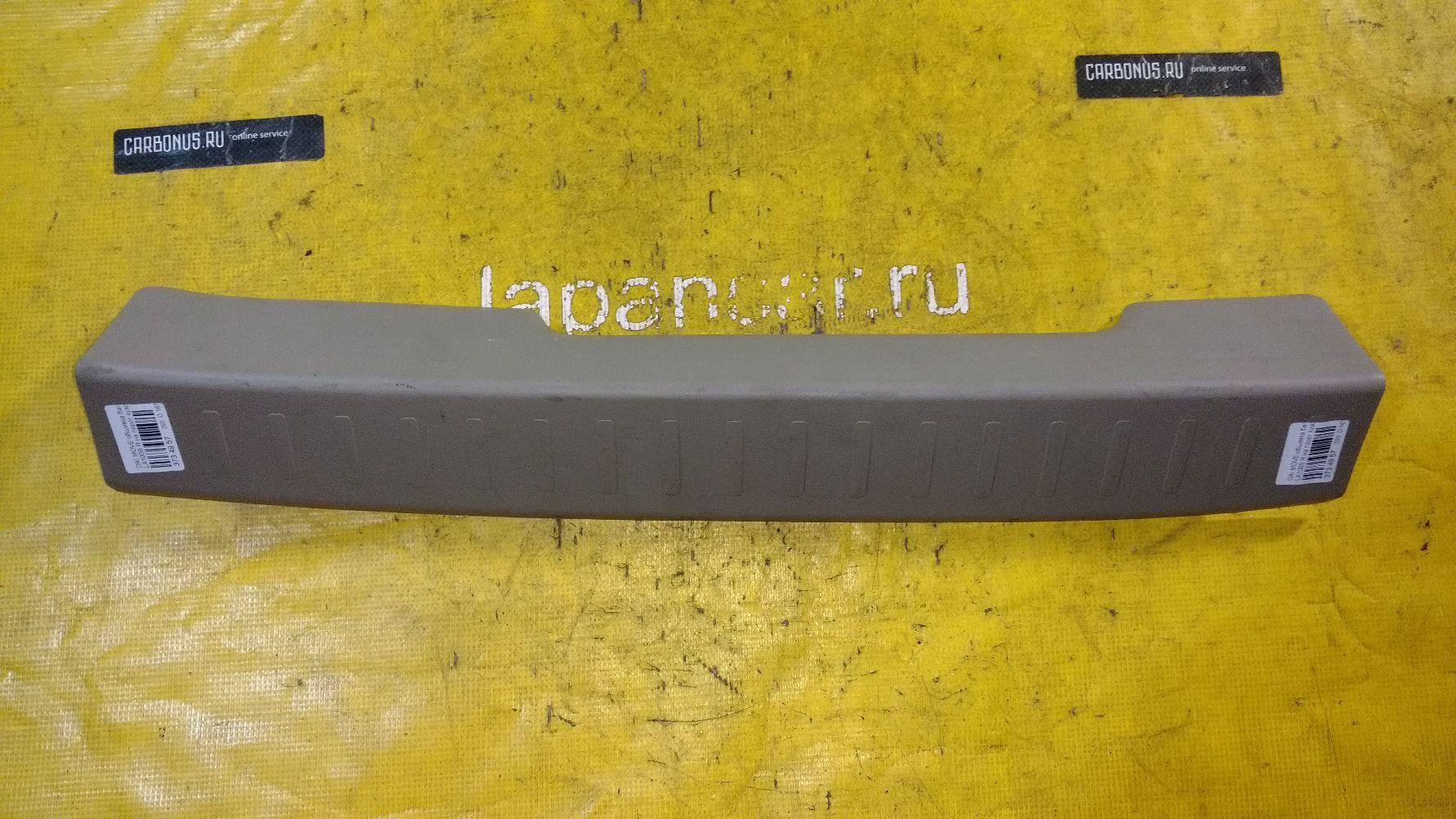 Обшивка багажника на Daihatsu Move LA100S Фото 1