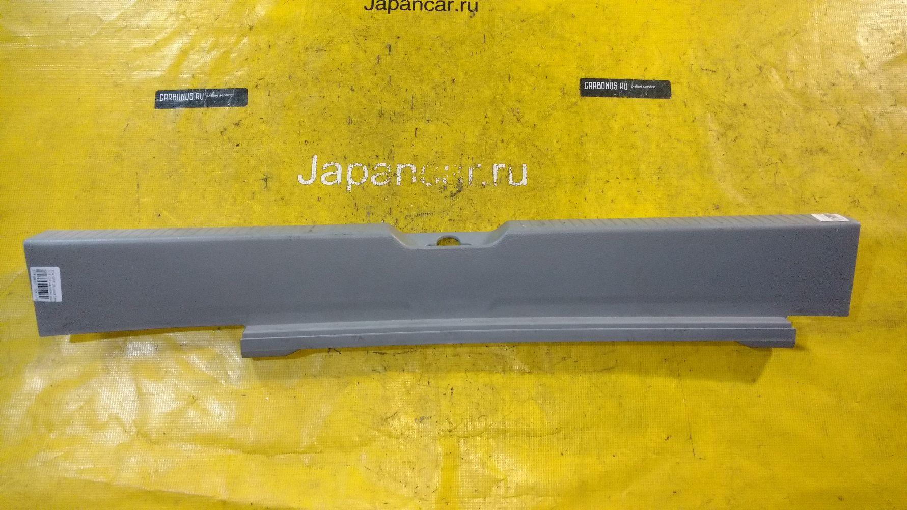 Обшивка багажника на Toyota Opa ZCT10 Фото 1