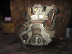 Двигатель на Nissan Vanette SE28TF R2