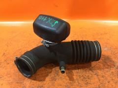 Патрубок воздушн.фильтра на Toyota Mark II JZX110 1JZ-FSE