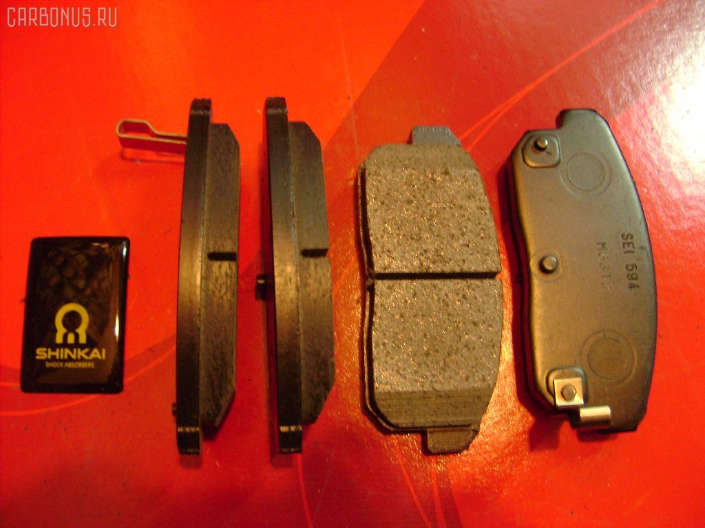 Тормозные колодки NISSAN TINO V10. Фото 1