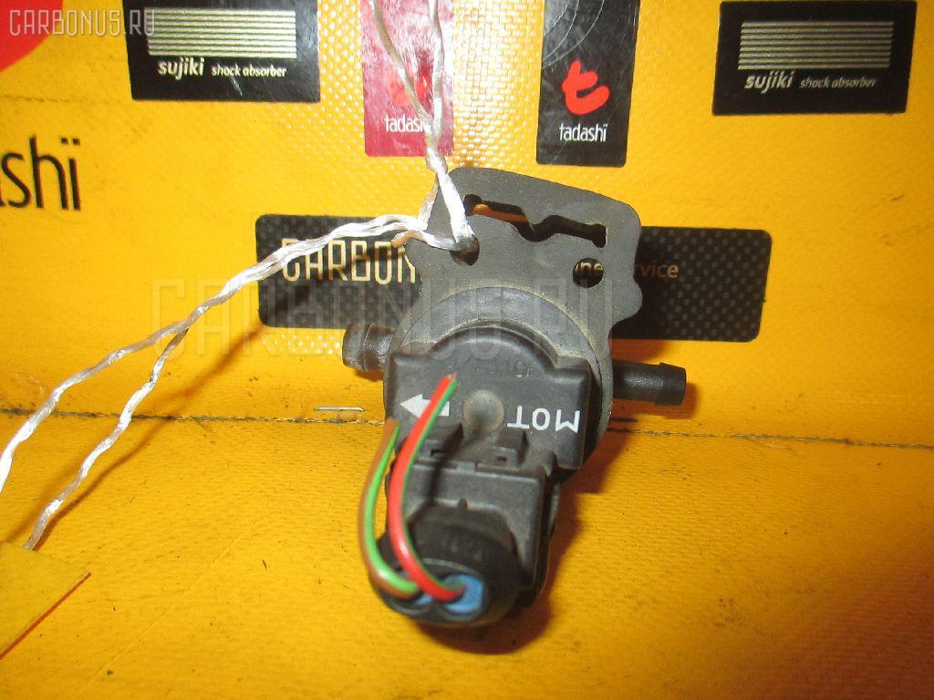 Клапан вентиляции топливного бака MERCEDES-BENZ E-CLASS STATION WAGON S210.261 112.911 Фото 1