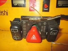 Кнопка аварийной остановки MERCEDES-BENZ E-CLASS STATION WAGON S210.261 Фото 1