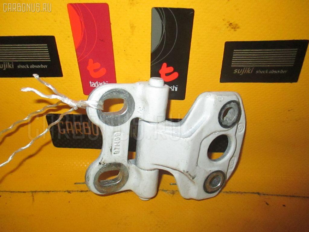 Петля двери шарнирная MERCEDES-BENZ E-CLASS STATION WAGON S210.261 Фото 1
