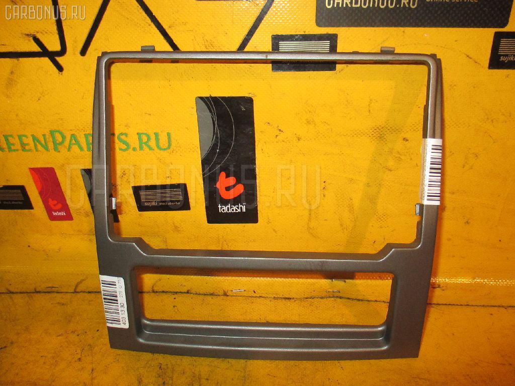 Консоль магнитофона PEUGEOT 407 6D3FZ Фото 2