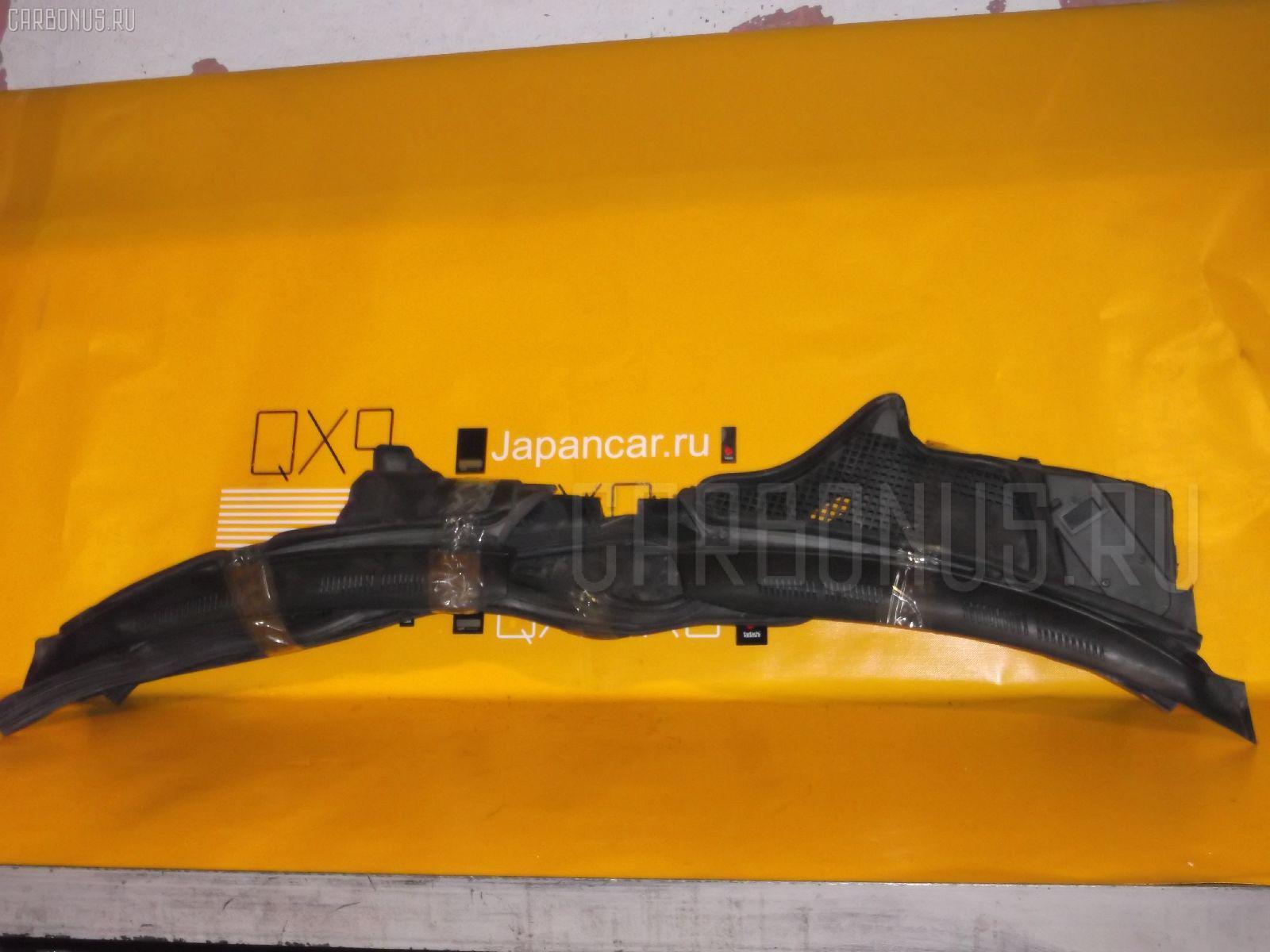 Решетка под лобовое стекло MERCEDES-BENZ E-CLASS STATION WAGON S210.270 Фото 2