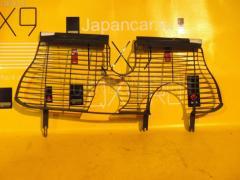 Решетка радиатора MERCEDES-BENZ E-CLASS STATION WAGON S210.270 Фото 1