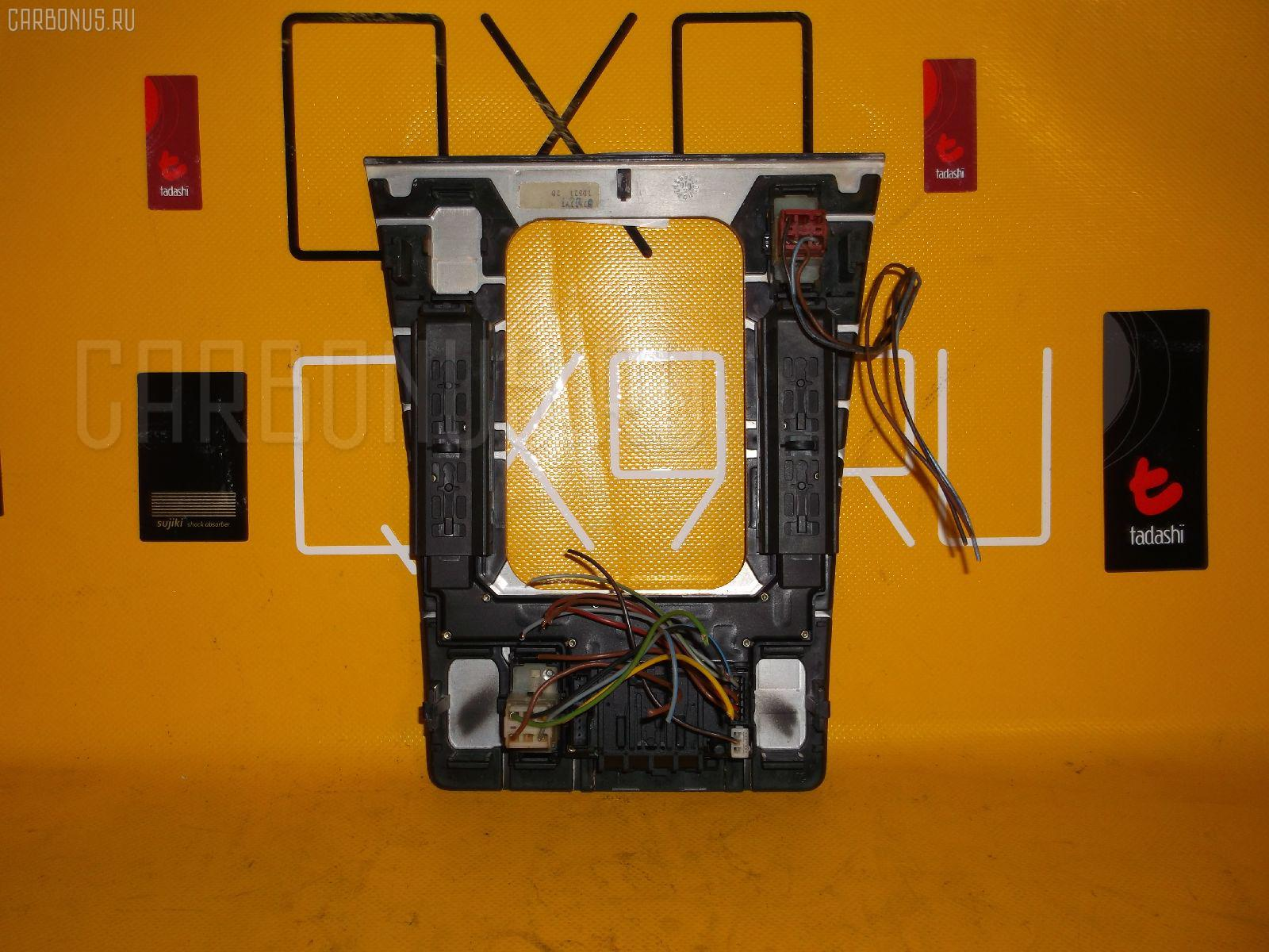 Блок упр-я стеклоподъемниками MERCEDES-BENZ E-CLASS STATION WAGON S210.270 Фото 1