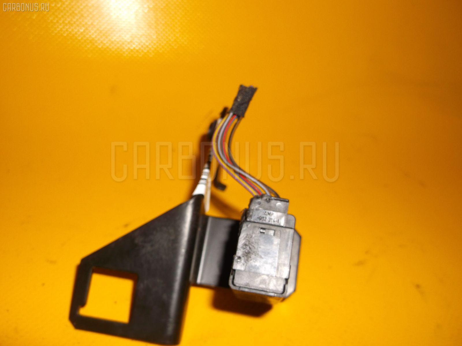 Датчик включения стоп-сигнала BMW 5-SERIES E39-DD62 M52-286S1 Фото 1