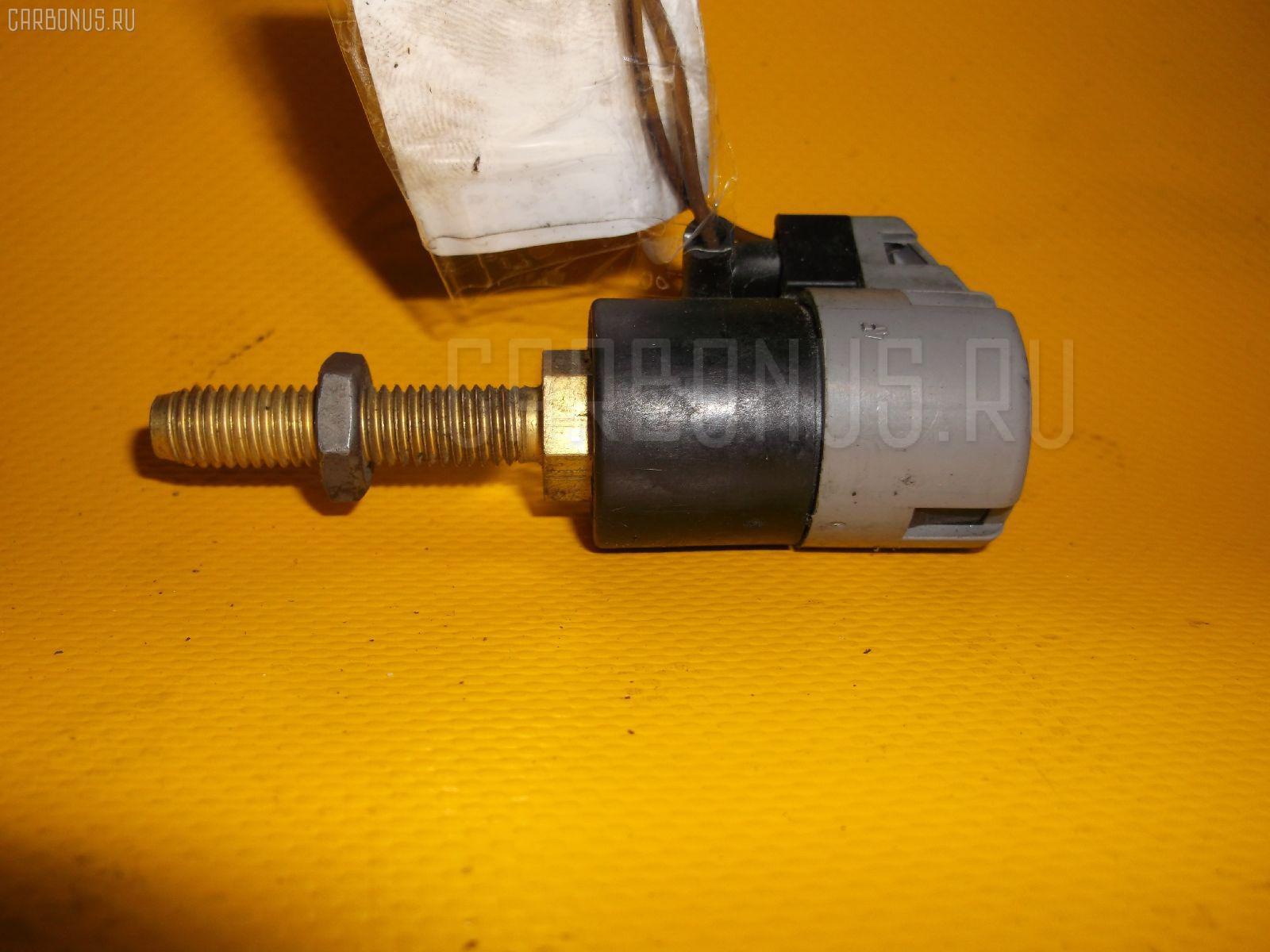Выключатель концевой Bmw 5-series E39-DD62 M52-286S1 Фото 1