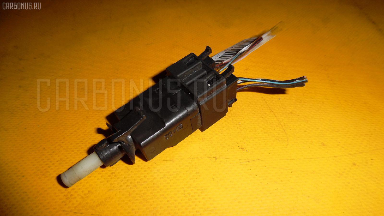 Датчик включения стоп-сигнала MERCEDES-BENZ CL-CLASS C215.375 113.960 Фото 3