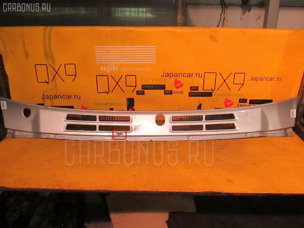 Решетка под лобовое стекло MITSUBISHI PAJERO V45W. Фото 3
