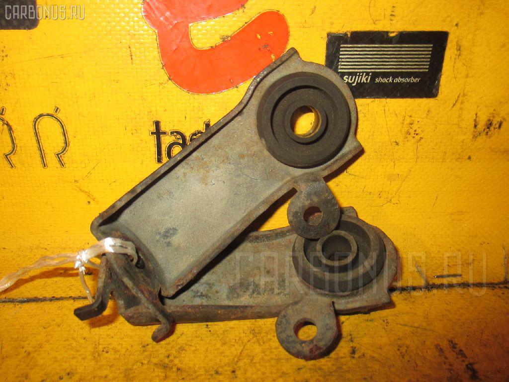 Крепление радиатора TOYOTA HARRIER MCU10W Фото 1