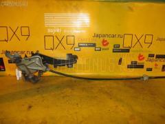 Рычаг стояночного тормоза TOYOTA HARRIER MCU10W Фото 1