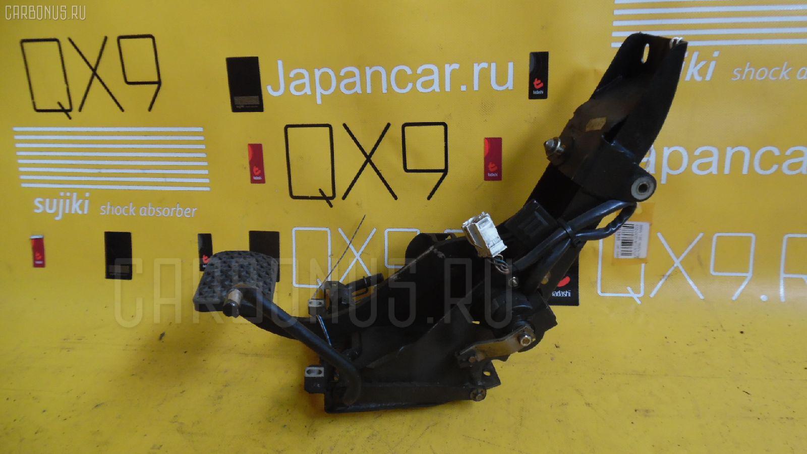 Педаль подачи топлива BMW 7-SERIES E32-GC81 M70-5012A Фото 1