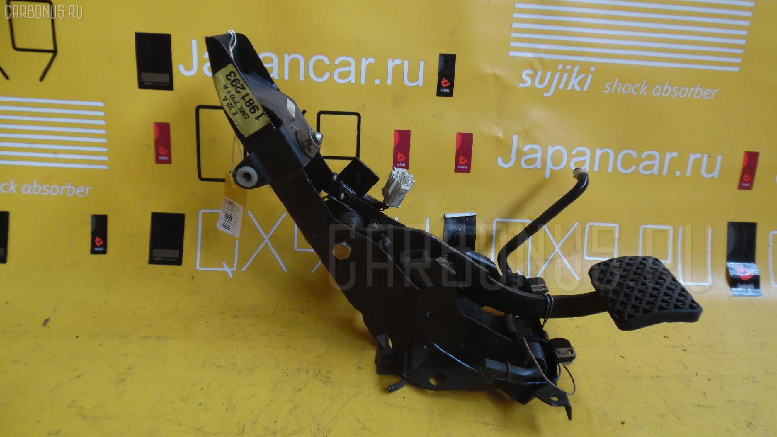 Педаль подачи топлива BMW 7-SERIES E32-GC81 M70-5012A Фото 2