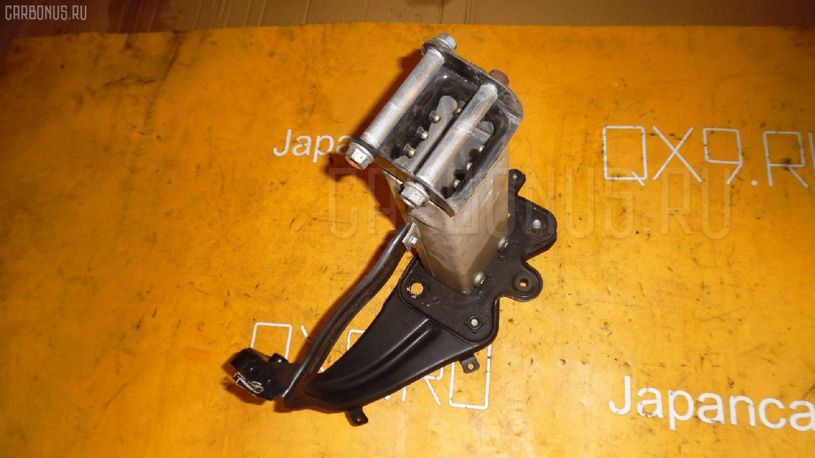 Крепление бампера MERCEDES-BENZ E-CLASS W211.070 Фото 1