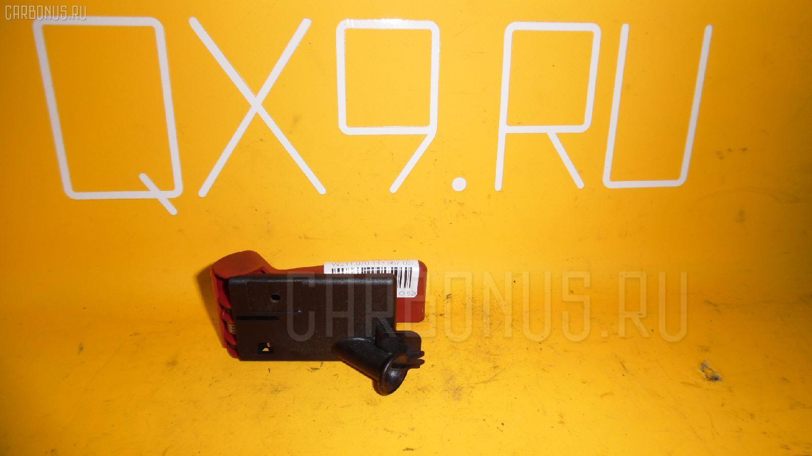 Ручка открывания капота MERCEDES-BENZ E-CLASS W210.061 112.911. Фото 3