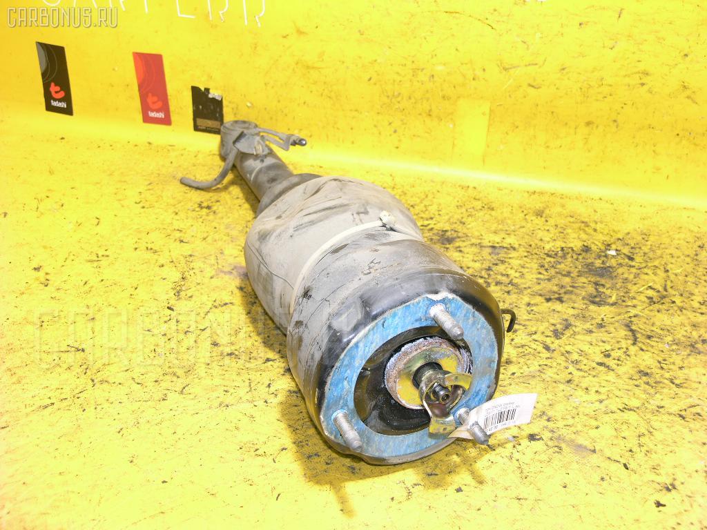 Стойка амортизатора TOYOTA CROWN MAJESTA UZS171 1UZ-FE. Фото 2