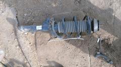 Стойка амортизатора на Honda Fit GD1 L13A Фото 3