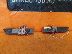 Катафот заднего бампера на Toyota Alphard MNH10W Фото 1