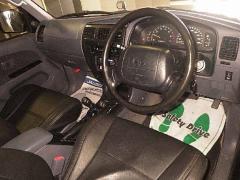 Крепление капота на Toyota Hilux Surf RZN185W
