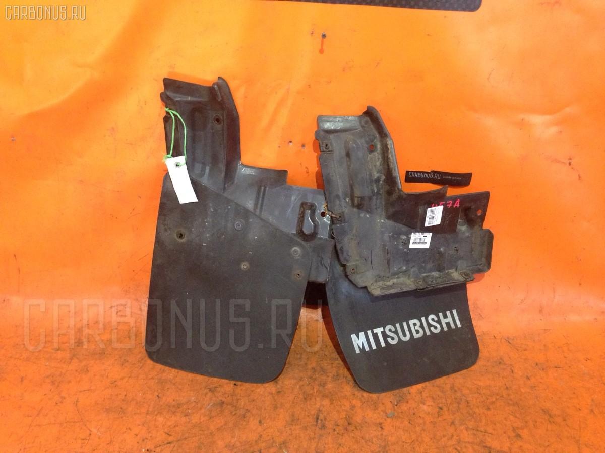 Брызговик Mitsubishi Pajero junior H57A Фото 1