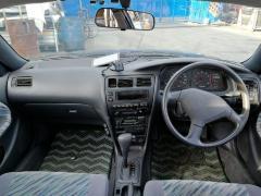 Ветровик на Toyota Corolla Wagon AE100G