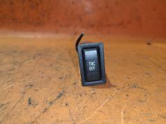 Кнопка на Toyota Avensis Wagon AZT250W