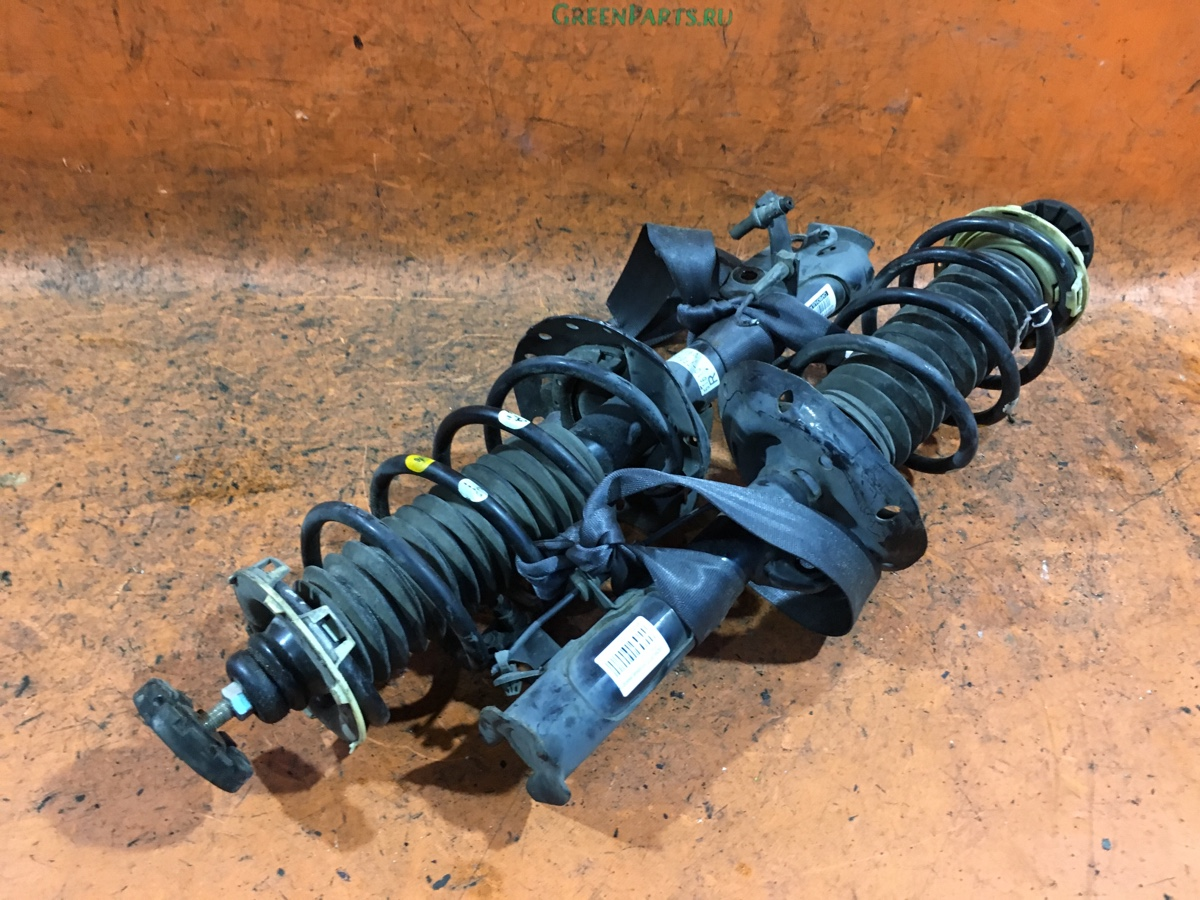 Стойка амортизатора на Honda Fit GE6 L13A Фото 1