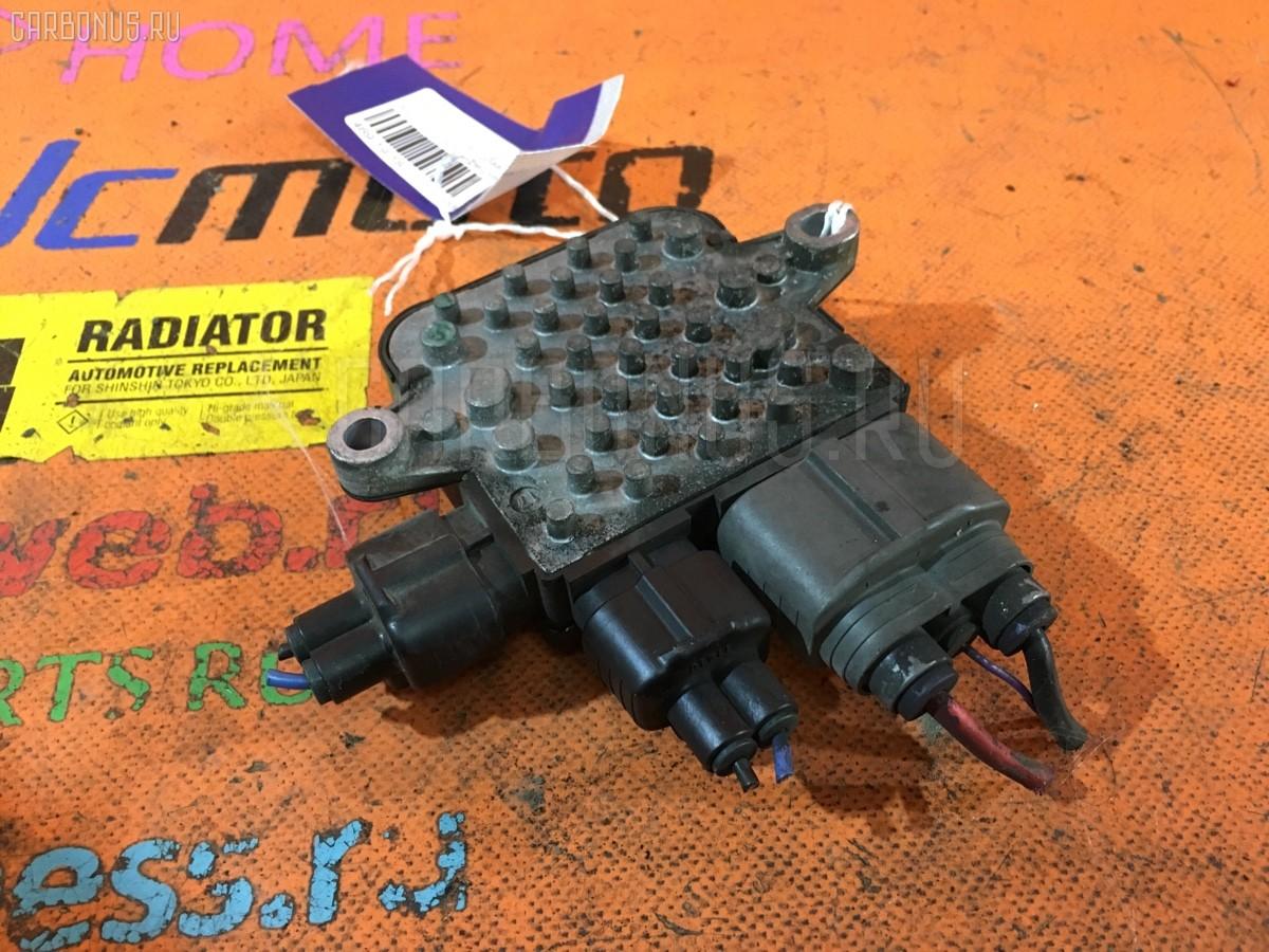 Блок управления вентилятором Nissan Elgrand ME51 VQ25DE Фото 1