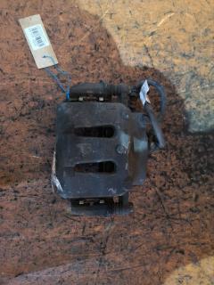 Суппорт на Nissan Cedric PY31 VG30E, Переднее Левое расположение