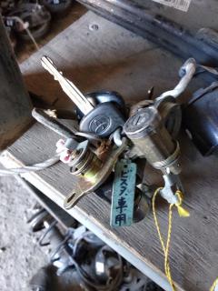 Замок зажигания +компл.замков на Toyota Vista ZZV50 Фото 3