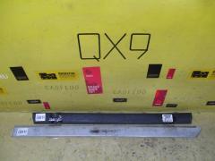 Молдинг на дверь TOYOTA MARK II GX100 Заднее Левое