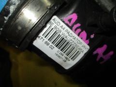 Радиатор интеркулера на Audi A4 8E BGB Фото 4
