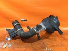 Корпус воздушного фильтра на Toyota Crown UZS131 1UZ-FE