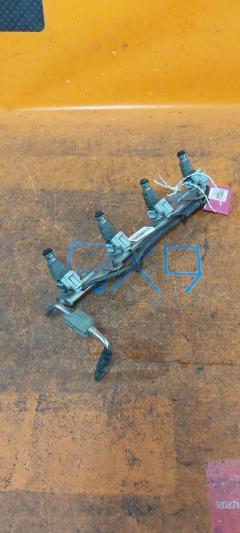 Форсунка инжекторная на Nissan Presage TU31 QR25DE