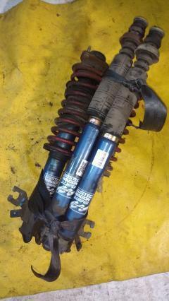Стойка амортизатора на Nissan Cube Z10 CG13DE, Переднее расположение