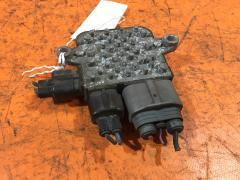 Блок управления вентилятором на Nissan Skyline V36 VQ25HR
