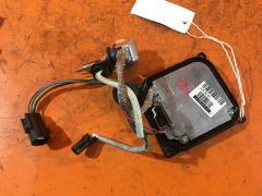 Блок розжига ксенона на Toyota Vitz SCP90 85967-33040
