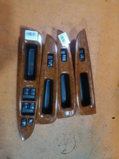 Блок упр-я стеклоподъемниками на Toyota Mark II JZX110
